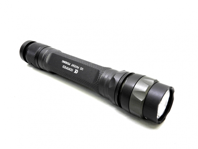 [SUREFIRE] Model L2-HA-WH L2 LUMAMAX LEDフラッシュライト (中古)